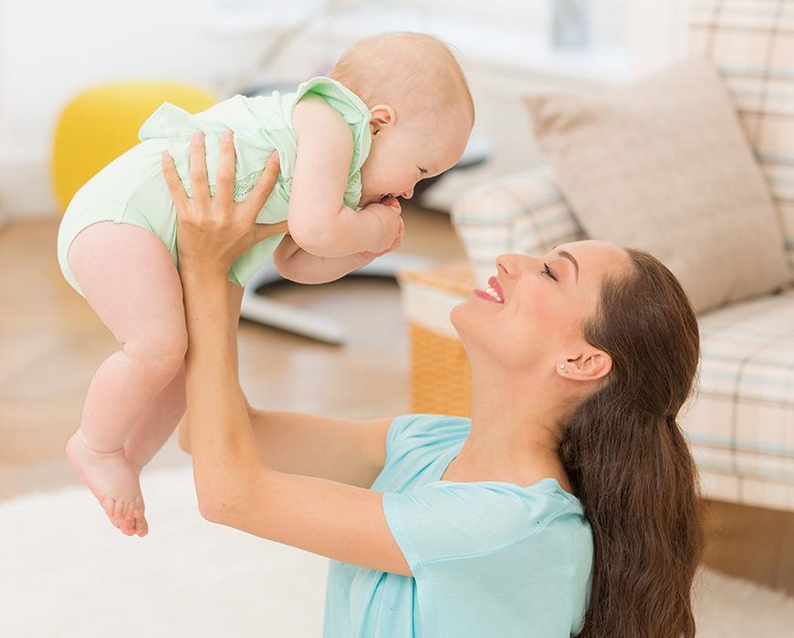Ebeveynlerin ve bebeklerin göz teması kurulduğunda duygusal bir bağlantı kurulur. Bu makalede göz bakışları ve göz teması hakkında bilgi edinebilirsiniz.